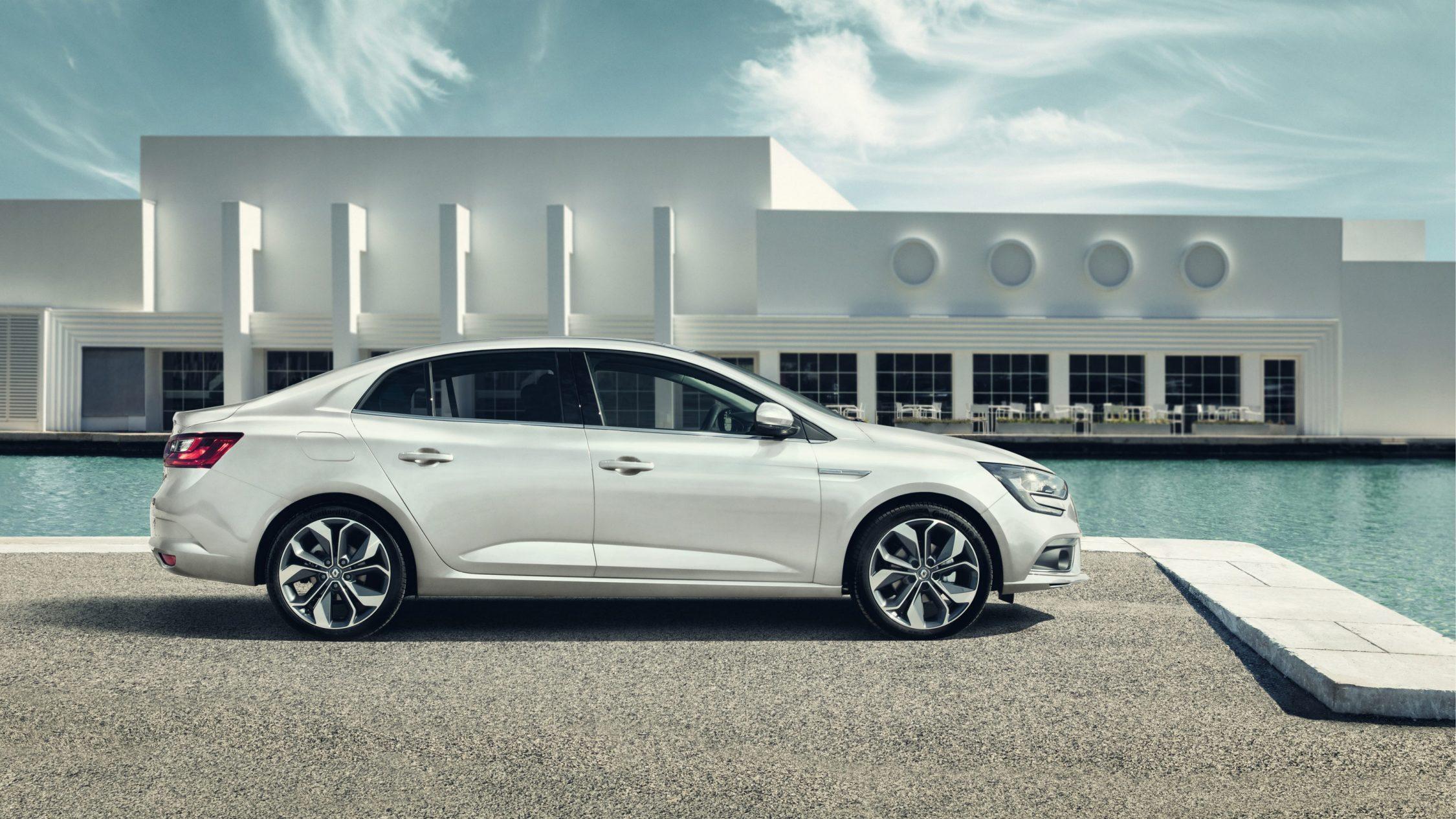 renault-megane-sedan-lff-ph1-design-002.jpg.ximg.l_full_h.smart.jpg